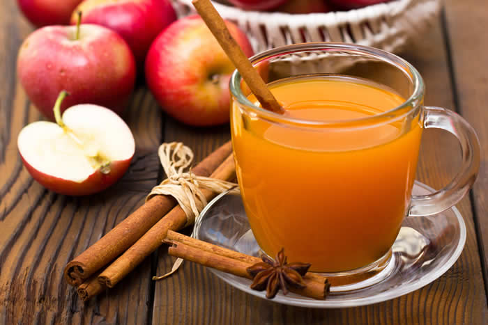 Homemade Apple Cider: Using a Juicer or a Crockpot